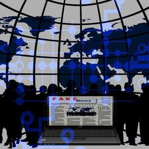 Vorschaubild Fake News und Social Bots im digitalen Zeitalter - Unterrichtseinheiten