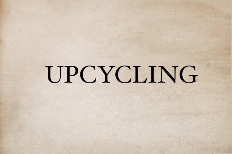 """Upcycling: """"Aus Alt mach Neu"""" - Vom Konsummüll zum Meisterwerk"""