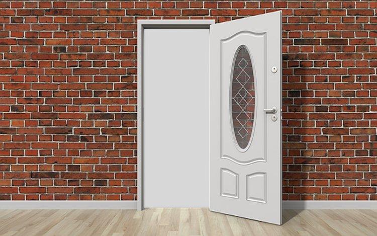 Die Welt öffnet sich hinter der Tür - Bildbearbeitung I